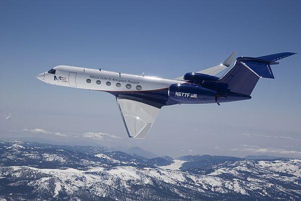 độ cao máy bay chở khách là bao nhiêu